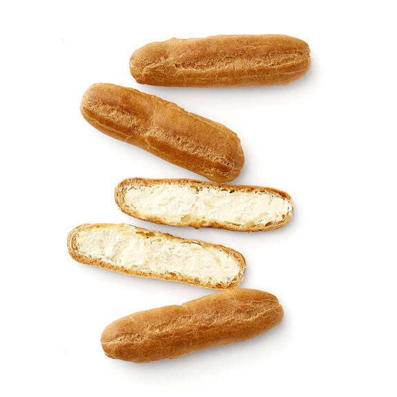 Eclairs with Chantilly Cream Filling